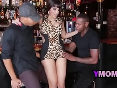 ymommy-12-1-217-tag-teaming-a-hot-bartender-xa1521-48p-2