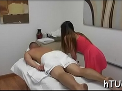 Hung client makes masseuse cum